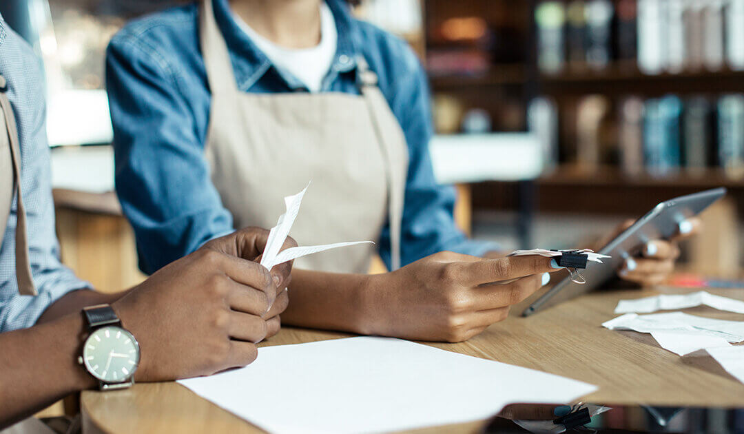 How QuickBooks Helps Independent Contractors With Invoicing